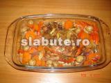 Poza (imaginea) pentru calorii Pulpa de curcan cu legume la cuptor
